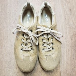 Ecco Suede & Leather Taupe Tennis Shoes Size 7